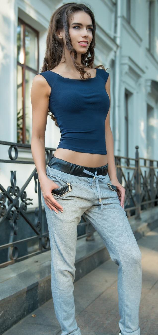 Спортивные штаны в интернет-магазине